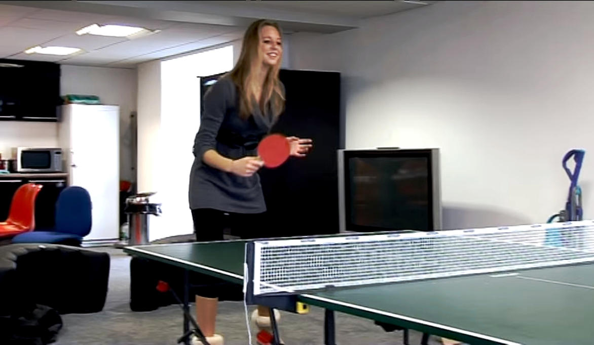 Naomi Playing Table Tennis 189cm Tall By