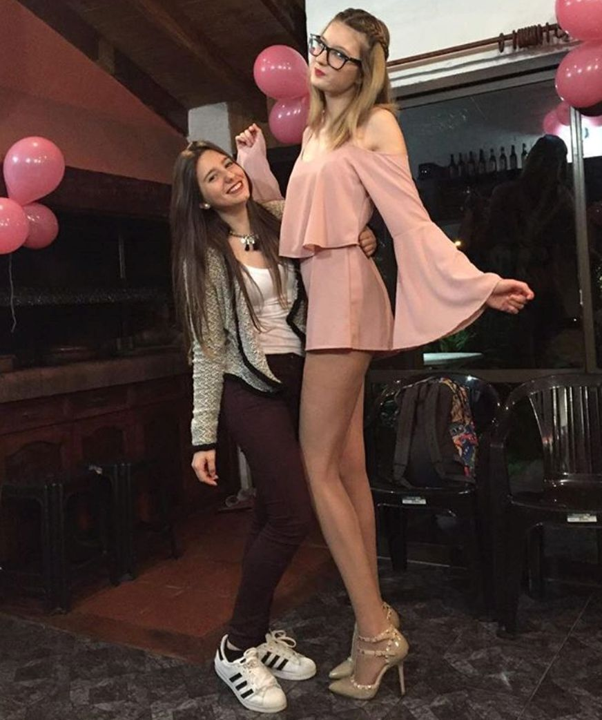 image Legs of an argentine teen with a dress in lomas de zamora