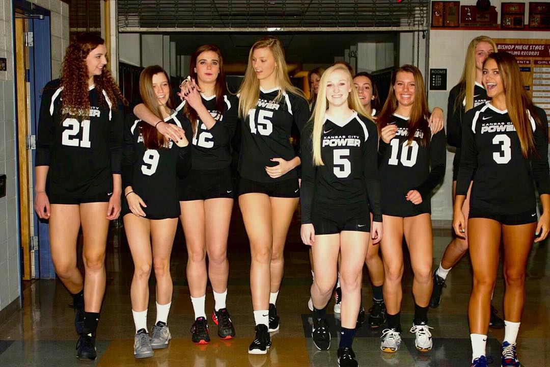Tall Blonde Girls