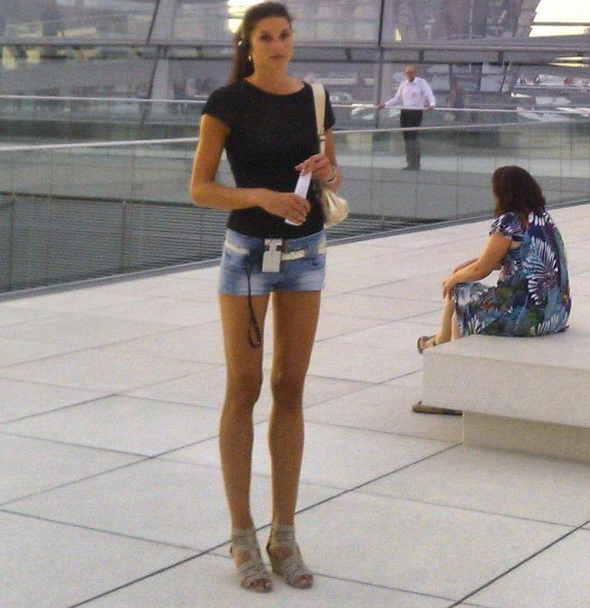 girl long legs