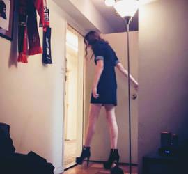 6ft7 + 6in heels by zaratustraelsabio