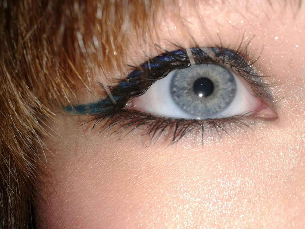 Simple eyeliner by ShirraPikachu on DeviantArt