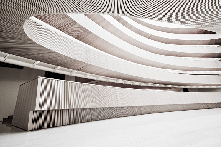 wooden curves by herbstkind