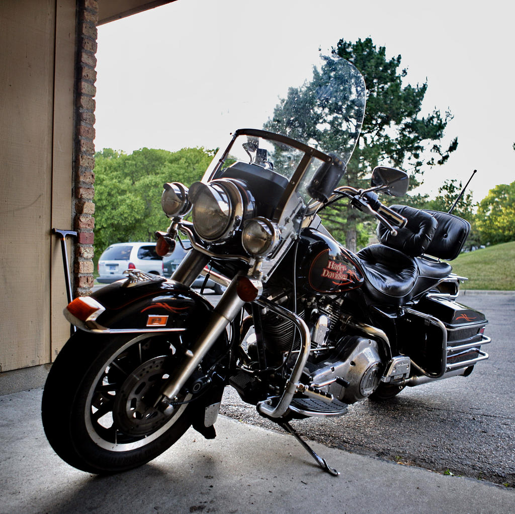 Harley Davidson FLHS stock 13 by pynipple