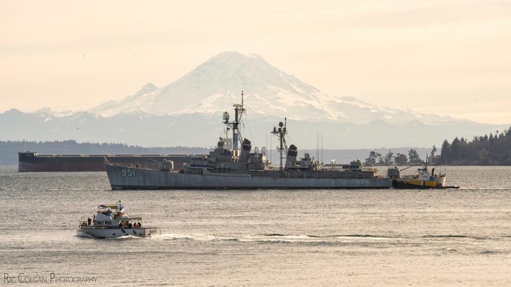 USS TURNER JOY (DD-951) by ByteStudio