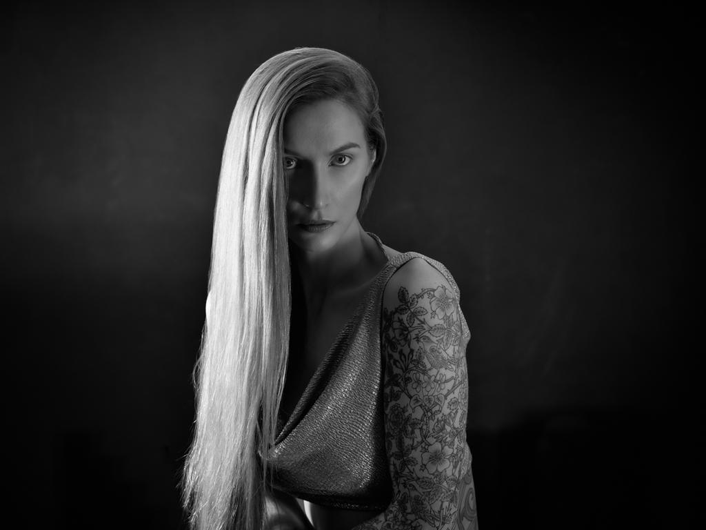Sabrina BW by ByteStudio