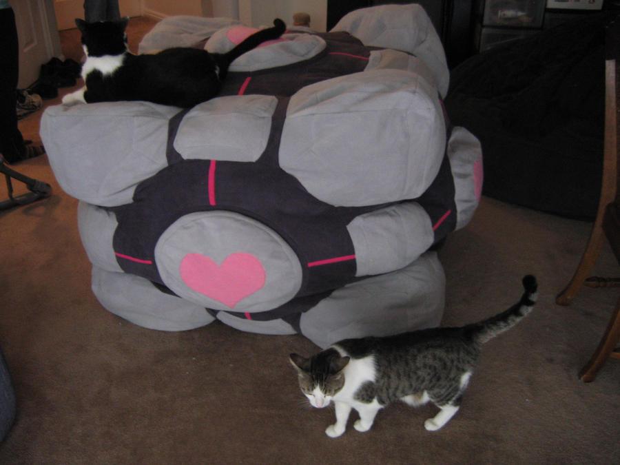 Companion Cube Giant Plushie by NekoNariko