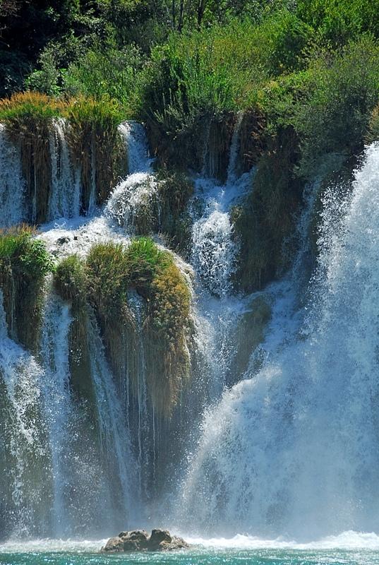 waterfall2 by KiBiS