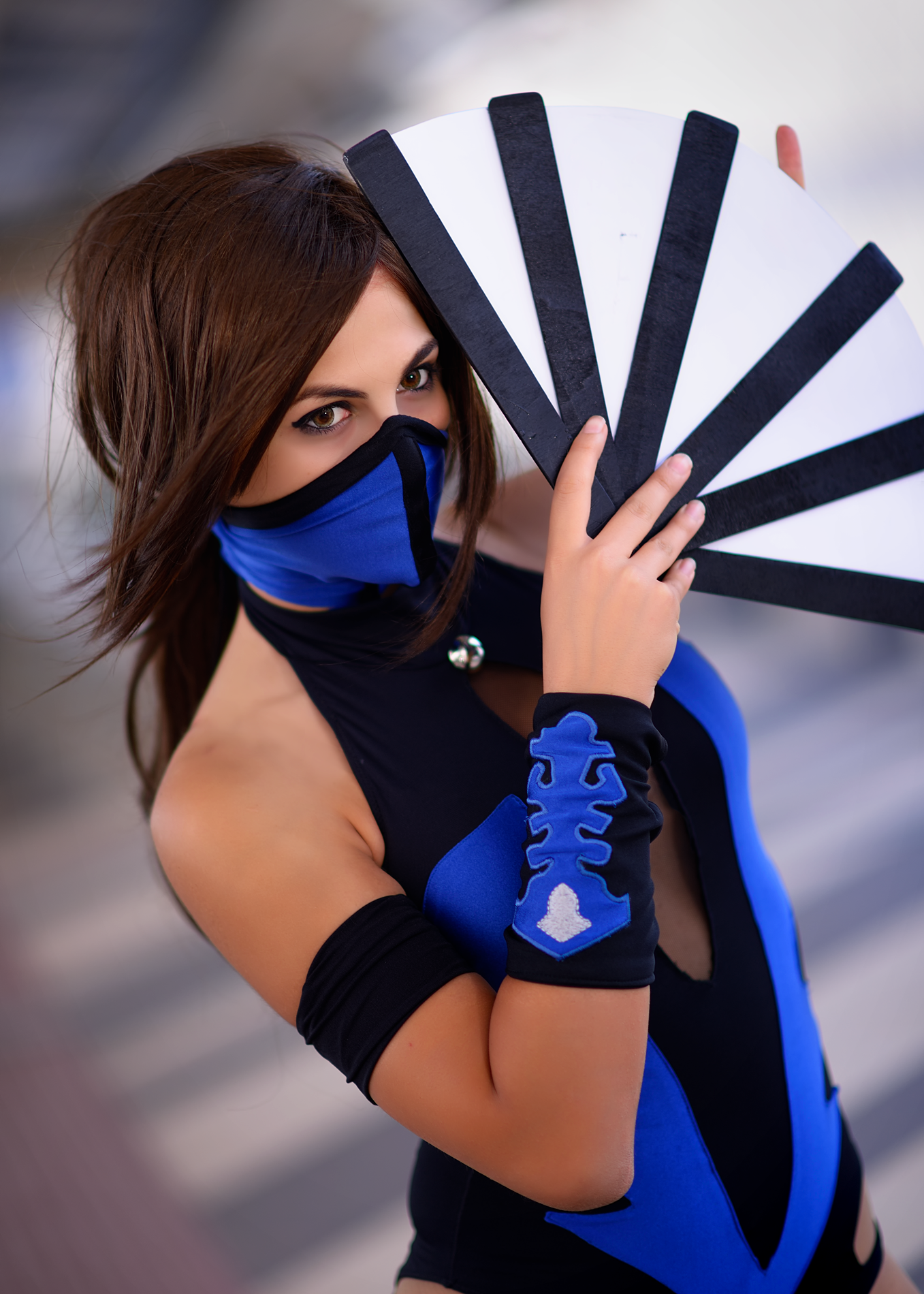 Cosplay Kitana From Mortal Kombat Shaolin Monks By Irisafasia