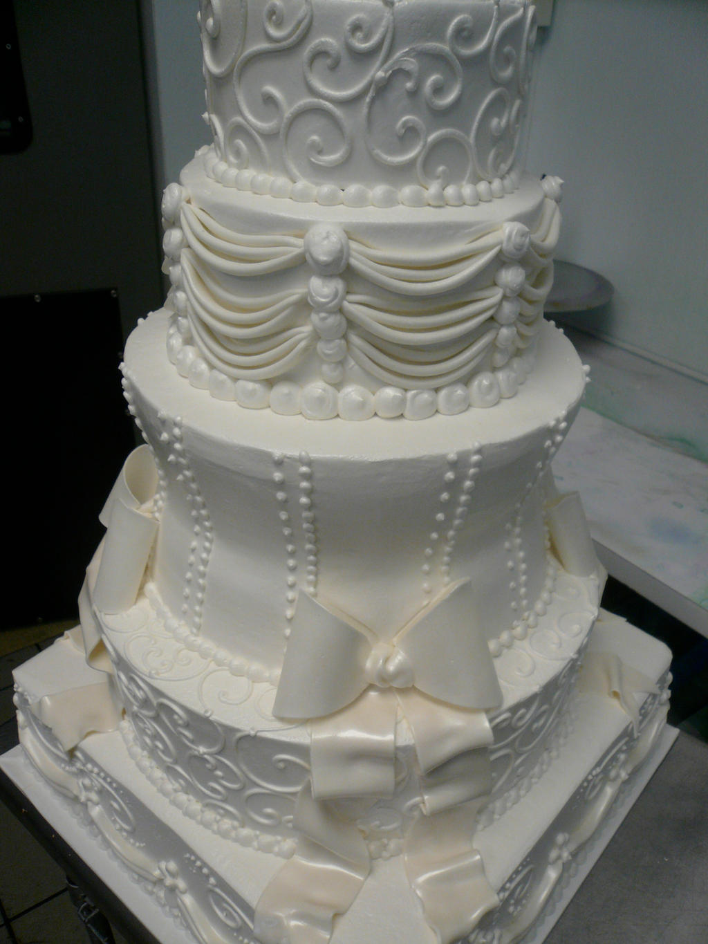 Princess Wedding Cake By Keki Girl