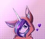 Starlight wears a fox hoodie~