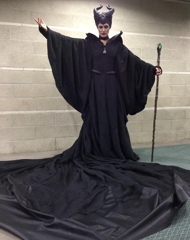 Maleficent christening gown - MALEFICENT 2014 by Annisse