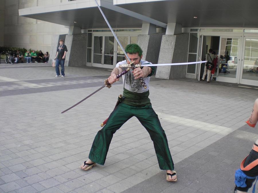 Roronoa Zoro Swords Cosplay Roronoa Zoro with all 3 swords