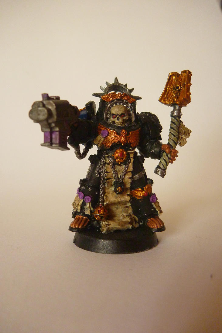 Space marine Chaplain by zingy180