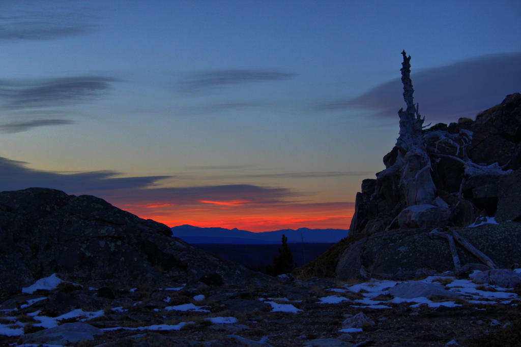 Sunrise Over RMNP by Halcyon1990