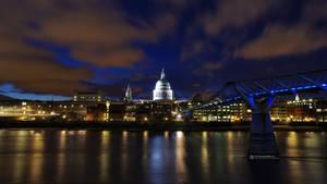 London in Blue by Nitrogliserin