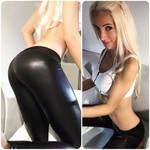 sportsbra and leggings