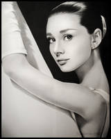 Huge Audrey by Ladowska