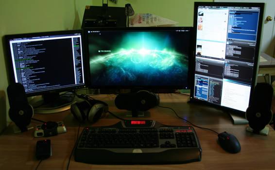 Desktop Setup Summer 2010
