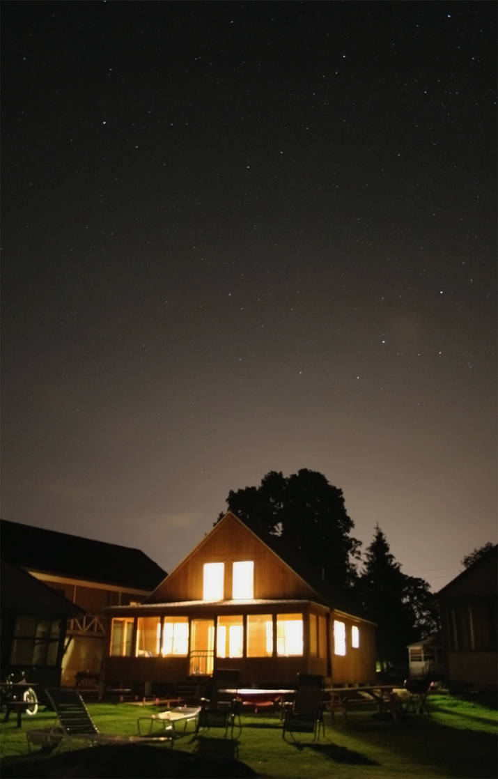 Bright Cottage under the Stars