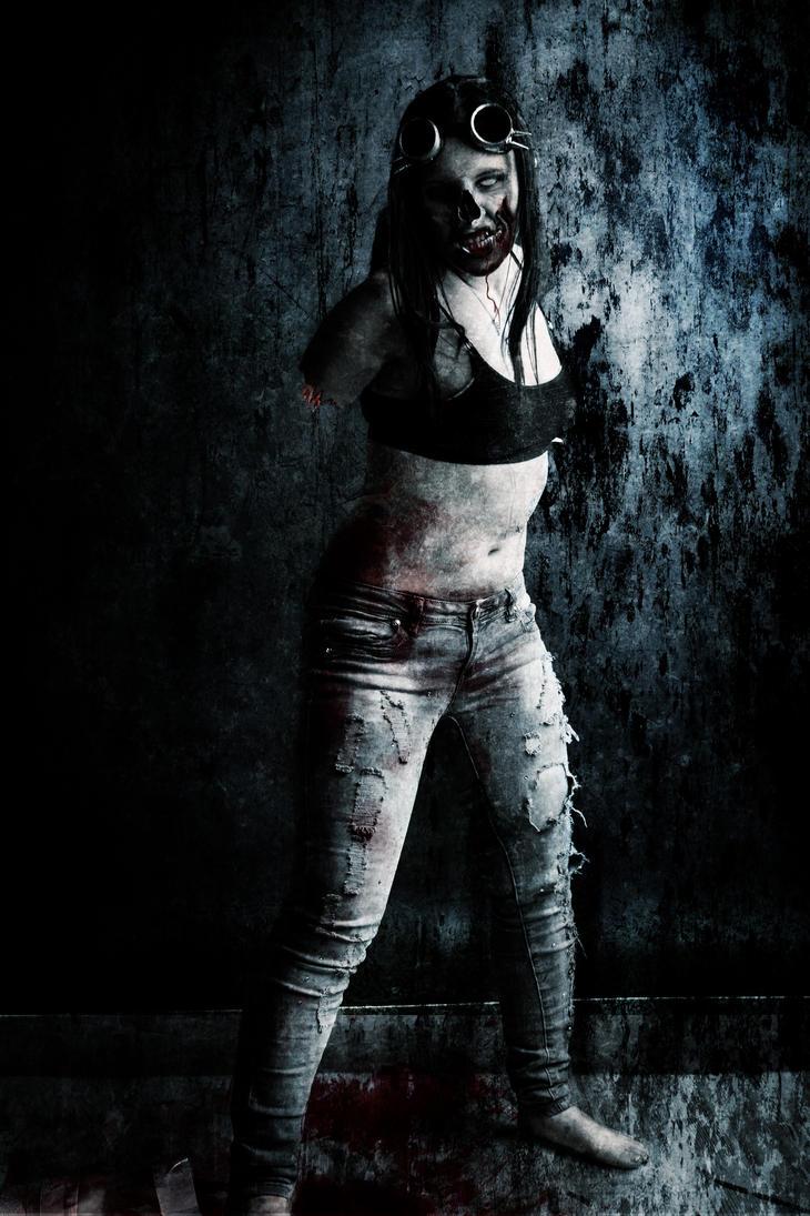 Zombie Girl Apo by thor808080