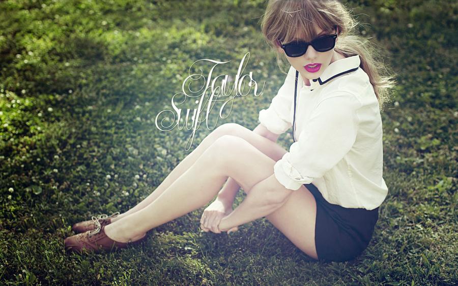 Taylor Swift wallpaper by lou-mora
