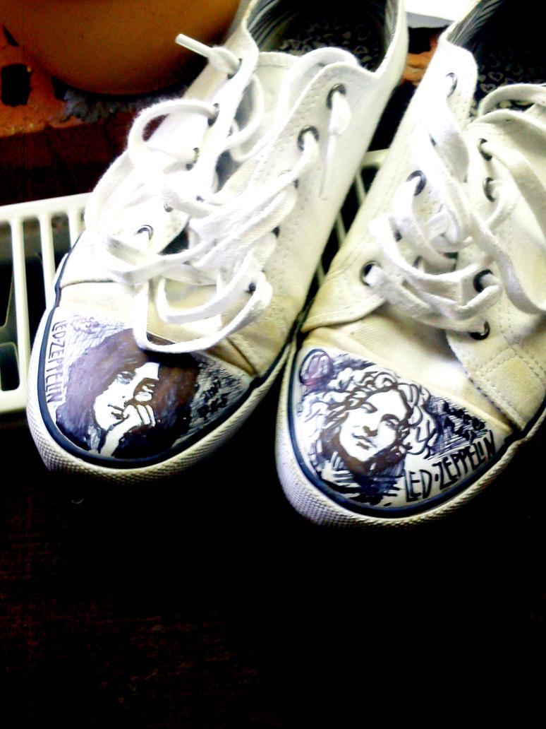 http://pre08.deviantart.net/f0ff/th/pre/i/2012/170/e/f/led_zeppelin_shoes_by_jerzynka-d541fvk.jpg