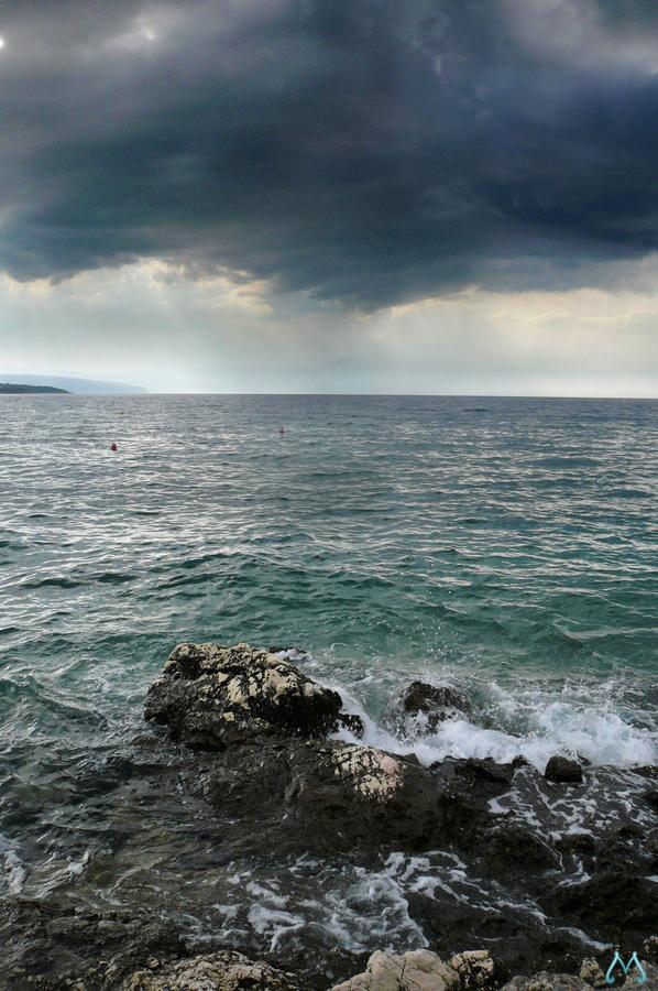 Shore 2 by lVlorf3us