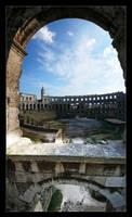 Window in Amfiteater