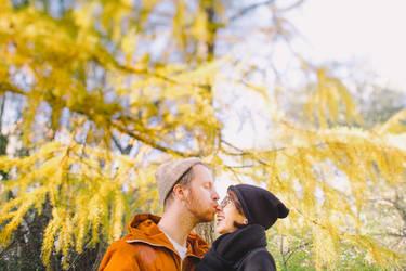 kiss me like I do