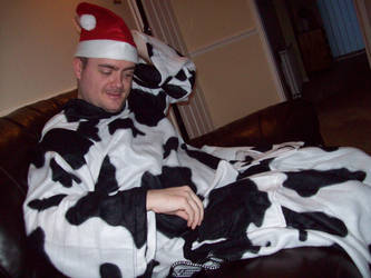 Hmm cow slanket? by Jonamack
