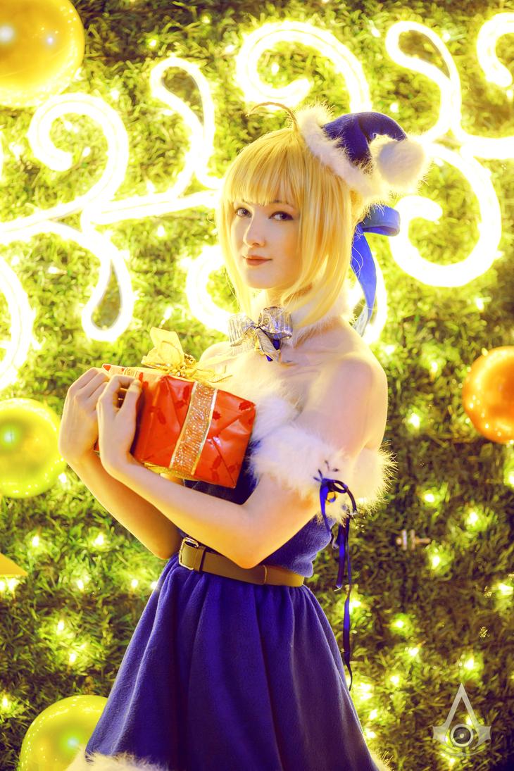 Christmas Saber V by Ettelle