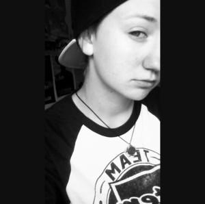 xCryOfTheWolfx's Profile Picture