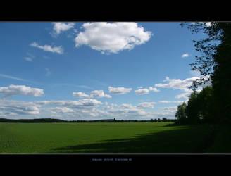 kauas pilvet karkaavat by art-o