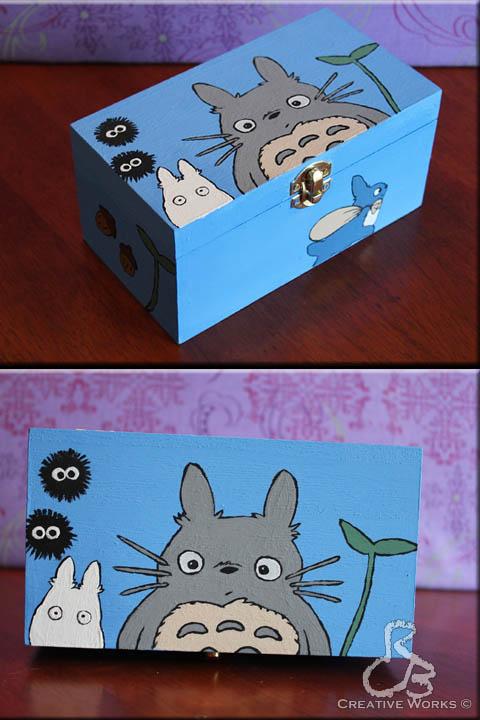 Totoro box by Rabeccasaurus