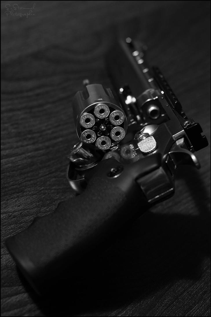 Dan Wesson Revolver 1 by Dj-TheKiller