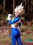 Female Vegeta cosplay