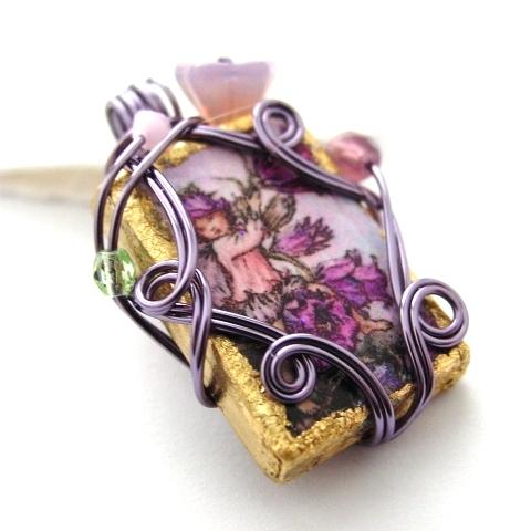 nakit -ukras ili umetnost - Page 3 Canterbury_Bell_Fairy_Pendant_by_sojourncuriosities