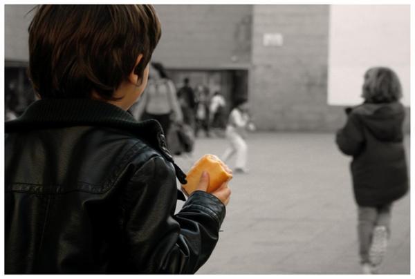 http://fc09.deviantart.net/fs45/i/2009/082/2/1/School_exit_by_clara_orozco.jpg
