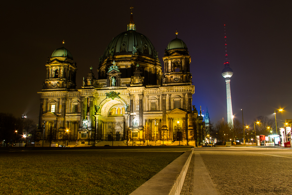 Berliner Dom By Night by mortenthoms