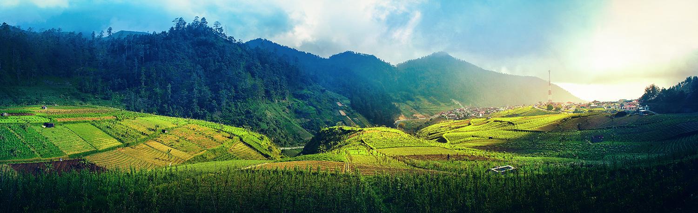 Colorful Tawangmangu, Indonesia by dantoadityo