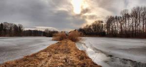 Lake path by FrantisekSpurny