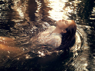 Drowning by FrantisekSpurny