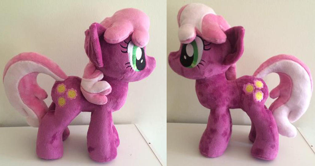 Cheeralee plushie by Plushypuppystudio