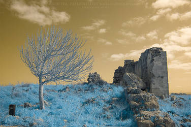 Ruins - Infrared by LightSculpting