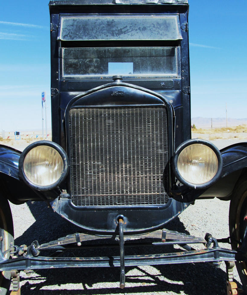 cranky_ford_truck_by_lionesspuma-d3ehtgj.jpg