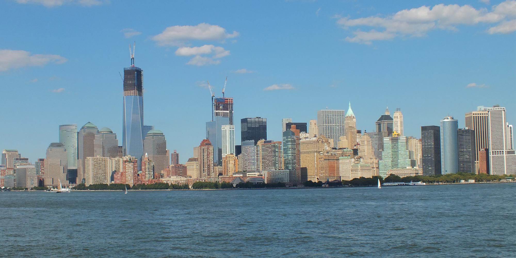 new york skyline by gazgoyle on deviantart. Black Bedroom Furniture Sets. Home Design Ideas