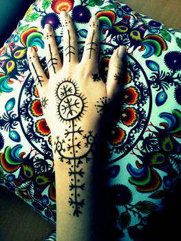 Hand VII