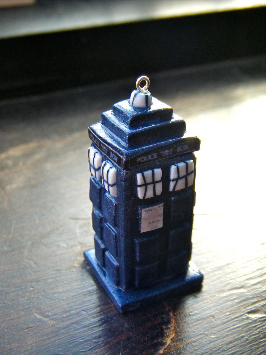 Dr Who Tardis Necklace by Origami-Joe