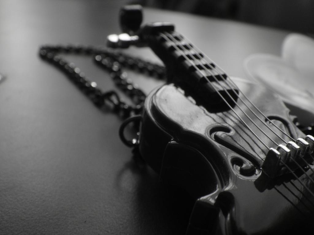 Black Violin By Thelovebunny C3seethwee